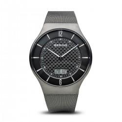 Bering Herren Funk Armbanduhr (Radio controlled) grau gebürstet  Milanaisarmband (51640-072)